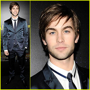chace-crawford-armani-exchange-opening