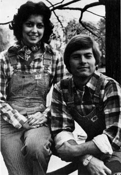 70s-man-and-woman_large