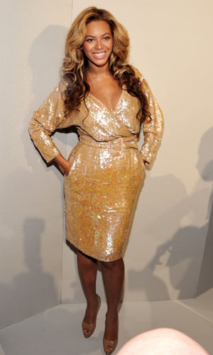 beyonce-in-gold-2